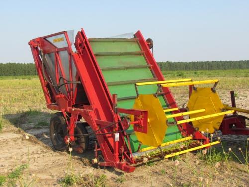 Машина для уборки цветоносов чеснока МУЦ-1,4