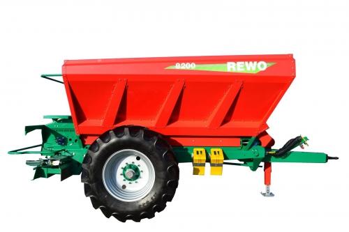 Разбрасыватель минеральный удобрений REWO 8200